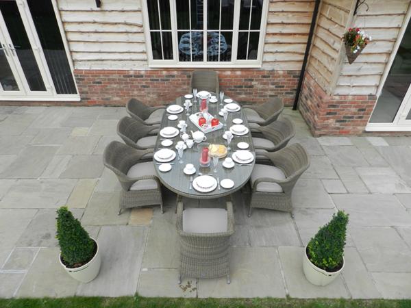 4 Seasons Sussex 8 Seat Garden Dining Set