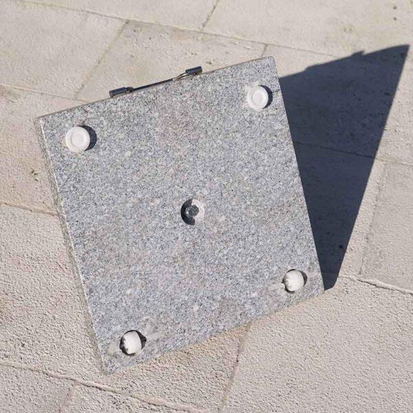 25kg Bramblecrest Granite Parasol Base showing reverse side with wheels