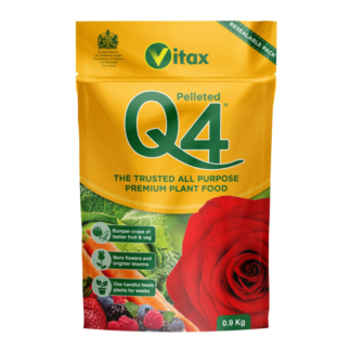 Vitax Q4 Pelleted Pouch (0.9kg)