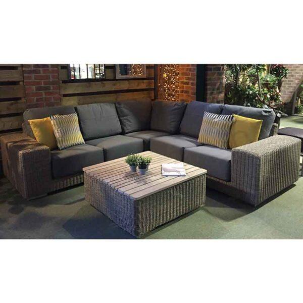4 Seasons Outdoor Kingston – Corner Lounge Set in Pure & Grey Olefin