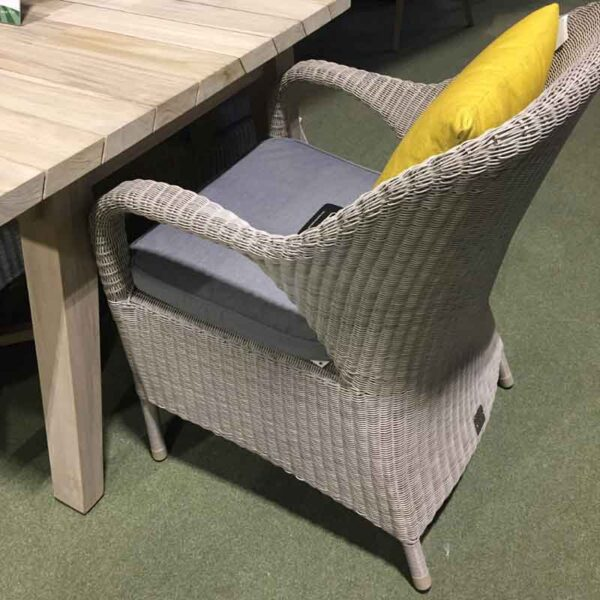 4 Seasons Outdoor Sussex Armchair with Derby Table