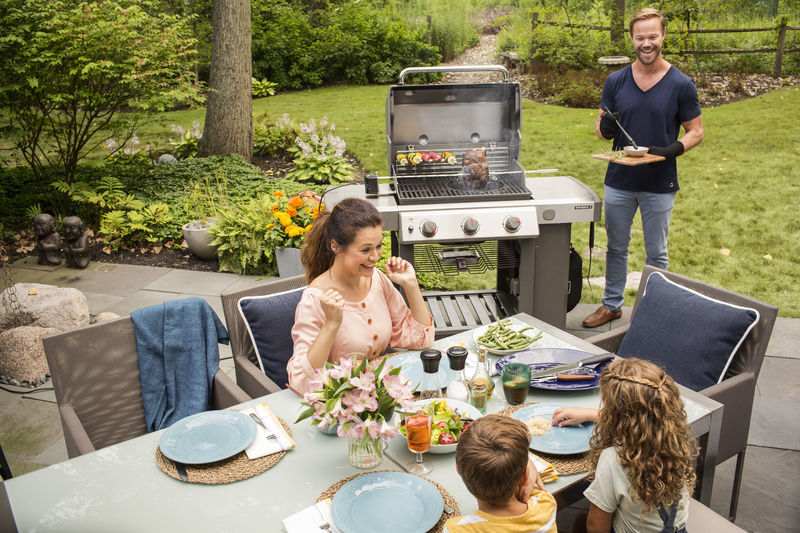 Family gatherings with the Weber Genesis II E-310 GBS Gas Grill Barbecue (Black)