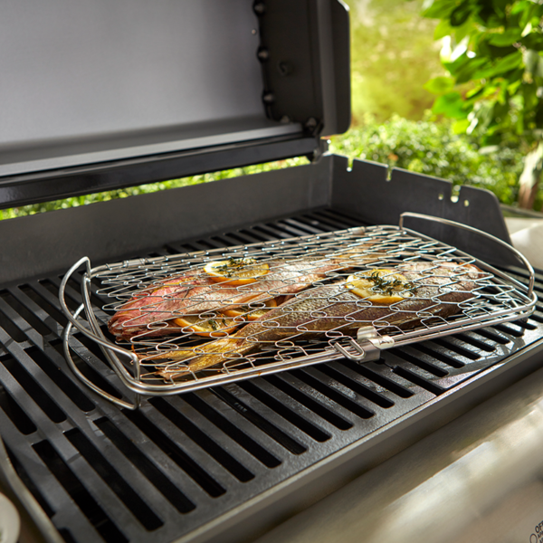 The Weber Grilling Basket - Large (Stainless Steel) holds fish well making it hassle free to turn