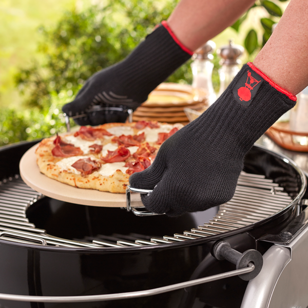 Place BBQ accessories safely onto your barbecue withWeber Barbecue Premium BBQ Gloves L/XL (Black) #6670