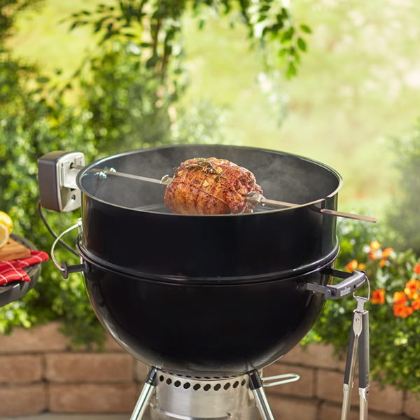 Using the Weber Barbecue Rotisserie Kit for 57cm (dia) Charcoal Barbecues