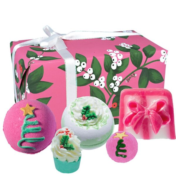 Bomb Cosmetics Under the Mistletoe Christmas Gift Set