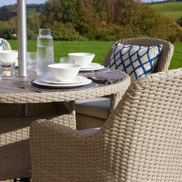 Bramblecrest Tetbury 4 Seater Dining Set in Nutmeg in detail