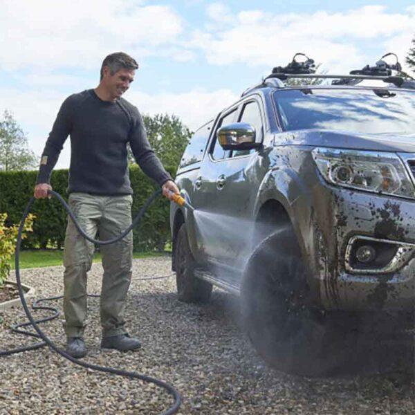 Car washing with Hozelock Tuffhoze