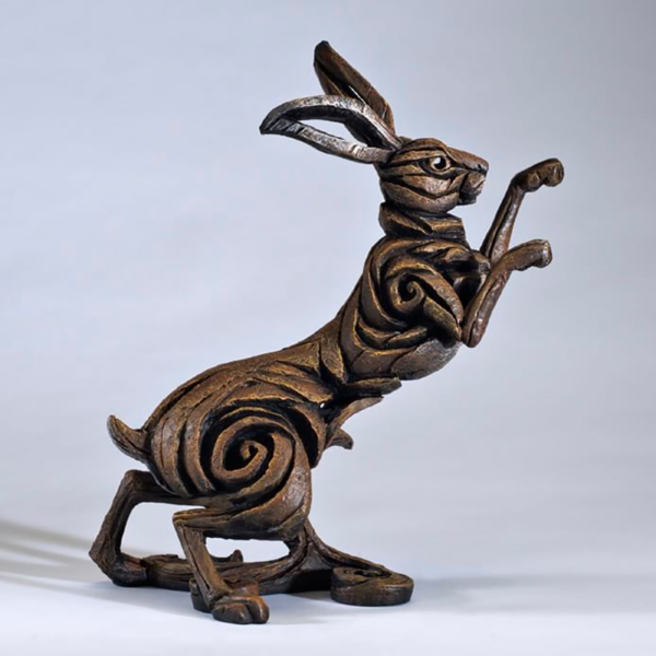 Edge Sculpture Boxing Hare - Brown
