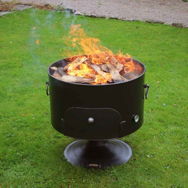 Firepits UK Pete's Oven 70 with fire