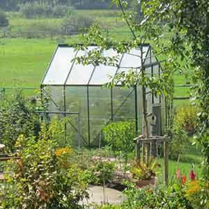 Greenhouses & Growhouses