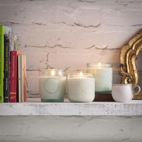 Heyland & Whittle Mint & Bergamot Scented Candle lifestyle Eco Collection