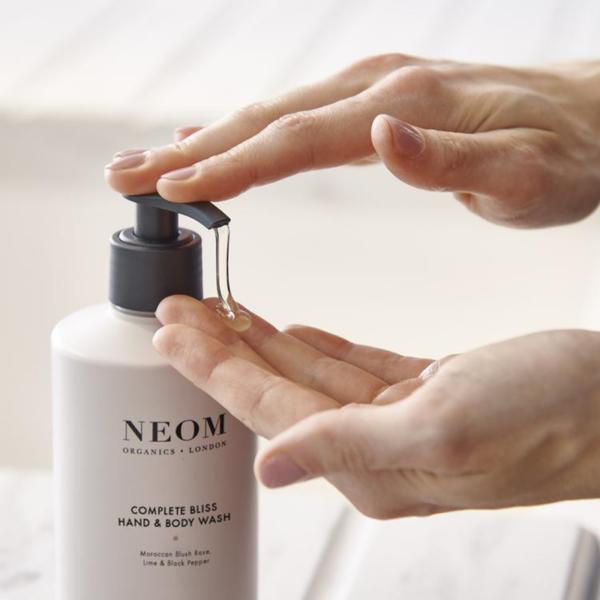 Neom Organics London Complete Bliss Hand & Body Wash lifestyle