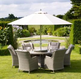 Oakridge 140cm round with 6 chairs