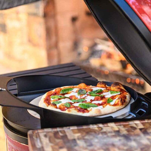 Perfect pizza using a Kamado Joe Classic DoJoe