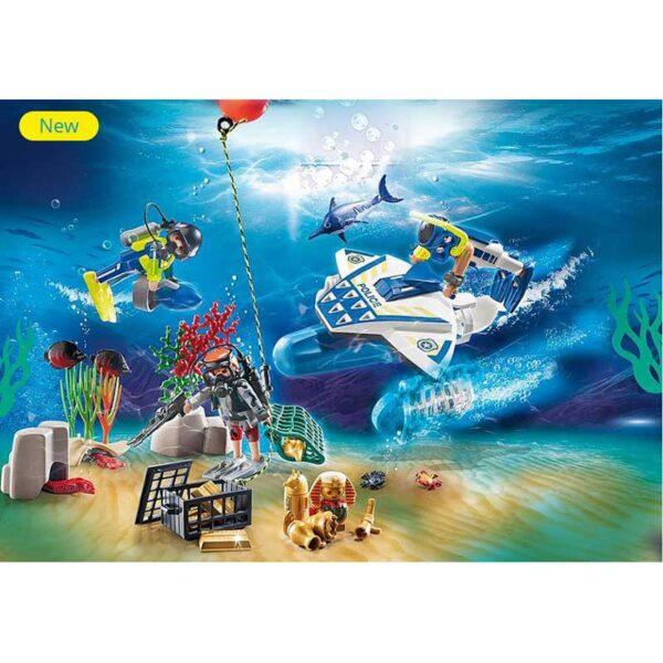 Playmobil-Advent-Calendar---Bathing-Fun-Police-Diving-Mission-Scene