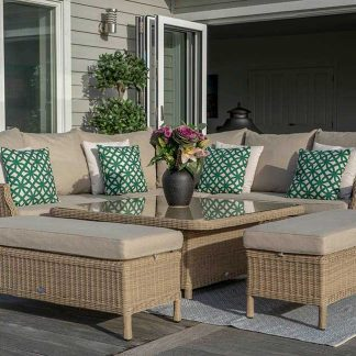 Bramblecrest Oakridge 8 Seat Casual DIning Set
