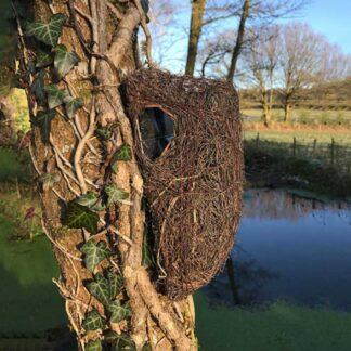 Wildlife World Brushwood Tree Nest Pouch