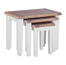 Tayland P103 - Nest of 3 Oak Tables
