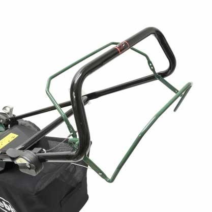 Webb Classic 51cm Self Propelled Petrol Rotary Lawn Mower Handle