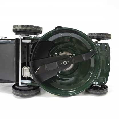 Webb Classic 51cm Self Propelled Petrol Rotary Lawn Mower Underside