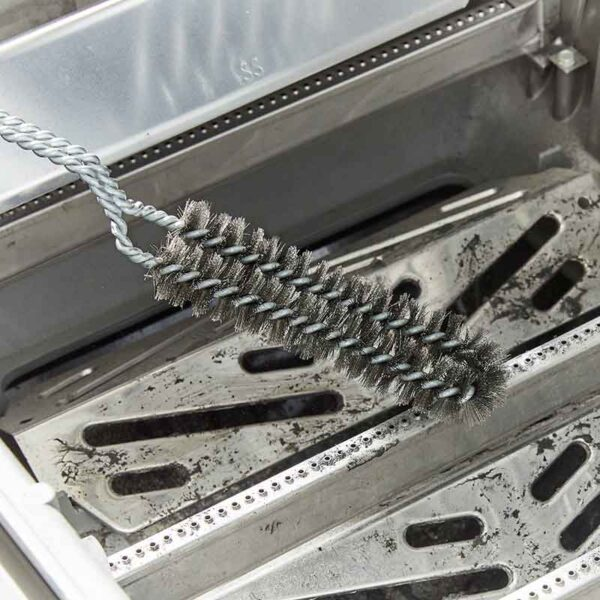 Weber Detail Barbecue Brush cleaning gas burners