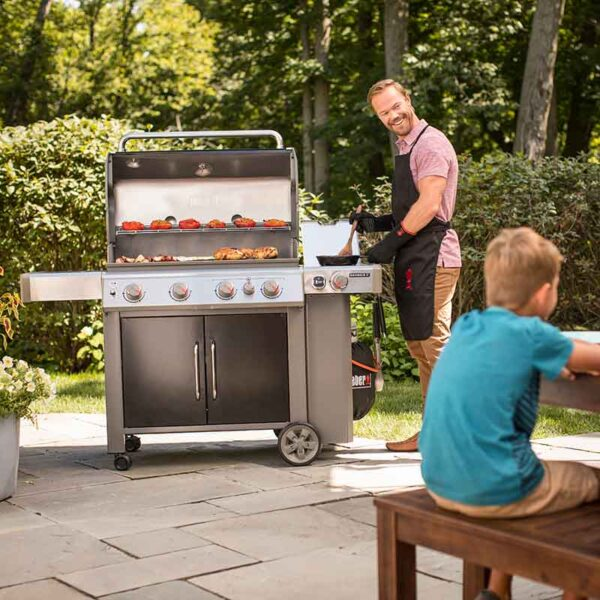 Weber Genesis II EP-435 GBS Gas Grill Barbecue (Black) in use