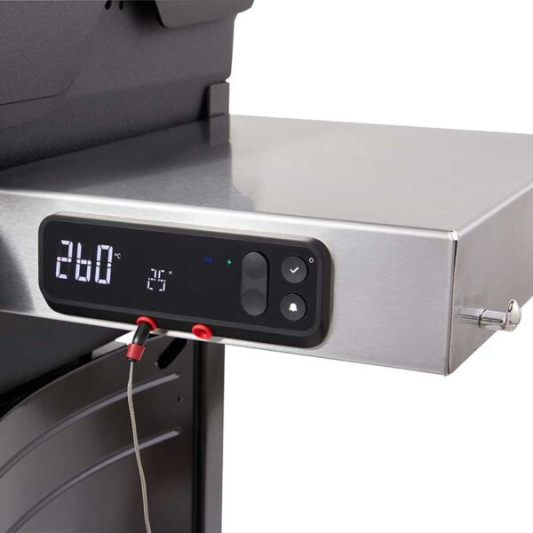 Weber Spirit EPX-325S GBS Smart Barbecue Weber Connect in use