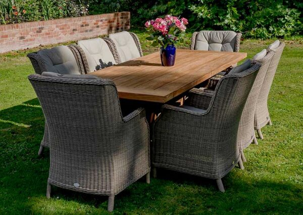 Bramblecrest Kuta Rectangular Table with 8 Oakridge Chairs