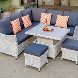 Bramblecrest Monterey Casual Dining Set Mini-Adjustable Table