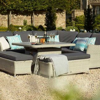 Bramblecrest Monterey Casual DIning Set with Square Firepit Table