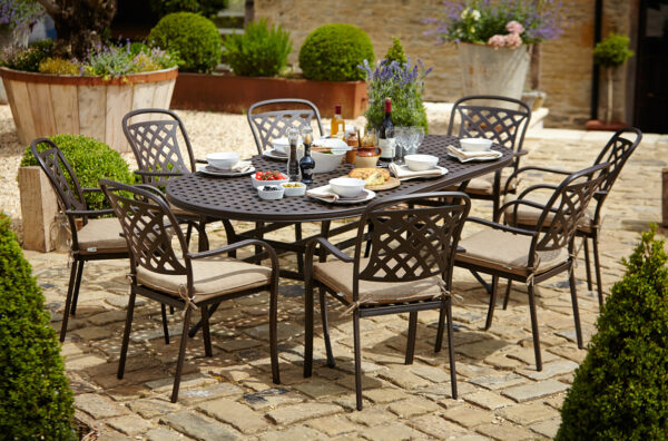 Hartman Berkeley 8 Seat Oval Garden Dining Set with 3m Parasol & Base (Bronze with Dune Cushions)