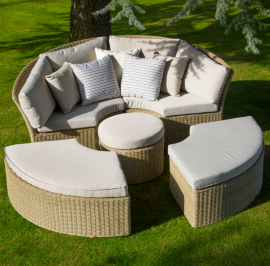 bramblecrest-cotswold-daybed-with-stools_2_l.1