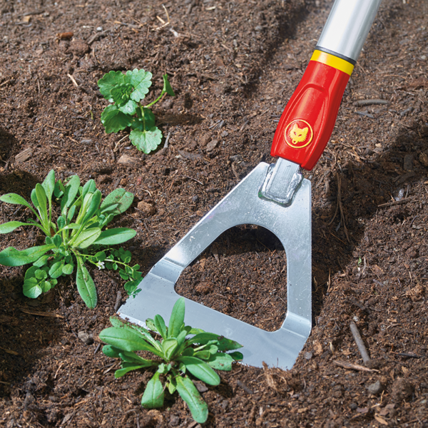 Using the Wolf Garten multi-change Dutch Hoe (DHM) with Aluminium Handle