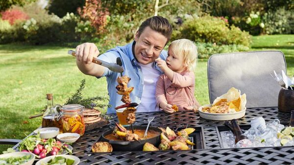 2019 Jamie Oliver 6 Seat Feastable Set in Riven / Pewter