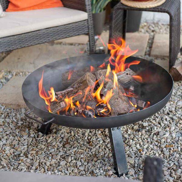 La Hacienda Pittsburgh Medium Firepit lit