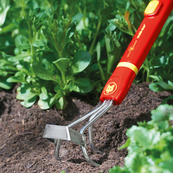 Using the Small Cultiweeder with a mult-change handle (not included)