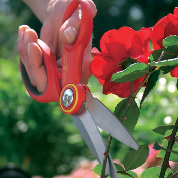 Using Wolf Garten Universal Multi-Purpose Scissors