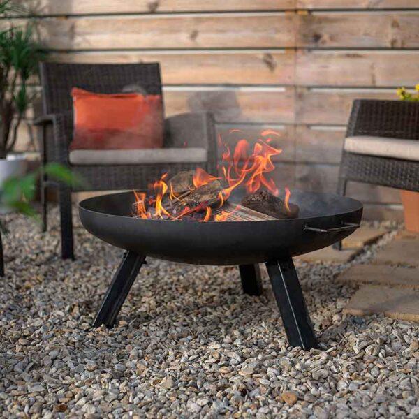 Relax around the lovely La Hacienda Pittsburgh Medium Firepit