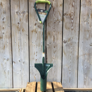 Gardman Gardener's Mate Long Handled Bulb Planter