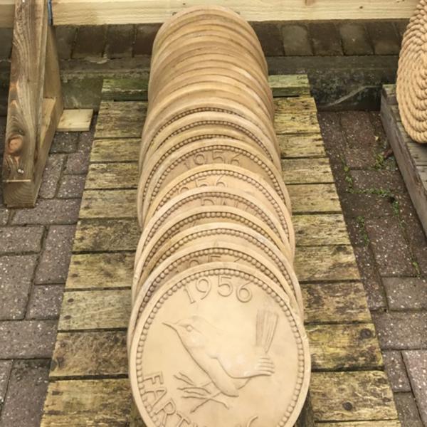 Kelkay Borderstone Farthing Stepping Stone - Bronze (300mm)