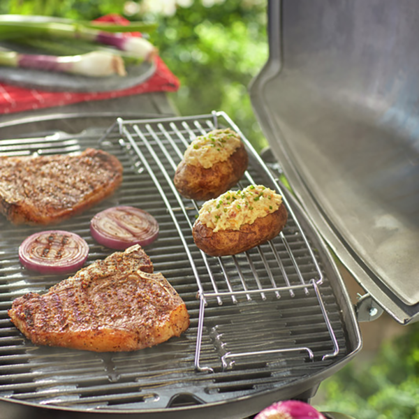 Keep things warm on the Weber Barbecue Warming Rack for Q 3000 Series