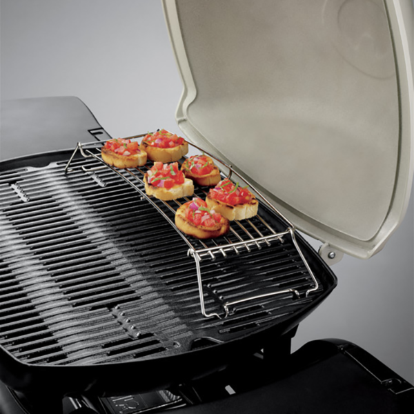 Make toasted appetizers on the Weber Barbecue Warming Rack for Q 3000 Series